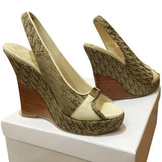 Dior wedge peep toe shoes in cream and beige