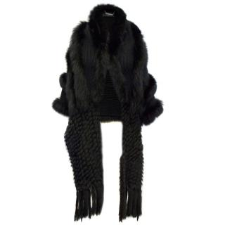 Clips Black knit Shawl With Rabbit And Fox Fur
