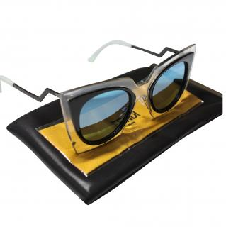 Fendi FF 0117/S IBZ 49 Orchidea Fashion Show Cateye Sunglasses in Crystal