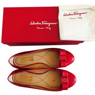 Salvatore Ferragamo patent flats in Red