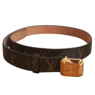 Louis Vuitton Logo belt