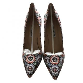 Manolo Blahnik satin court shoes