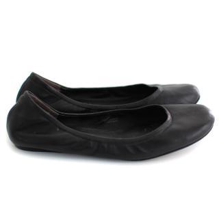 Vera Wang Leather Flats