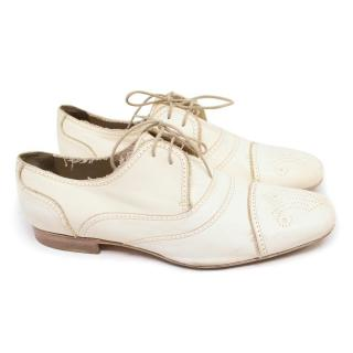 Bottega Veneta Off White Brogues with Design on Front