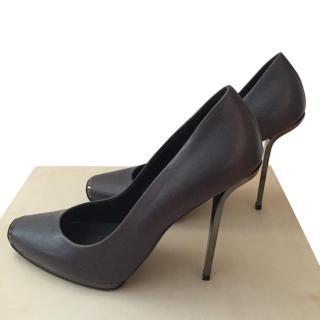 Stella McCartney grey heels with antracite silver heel