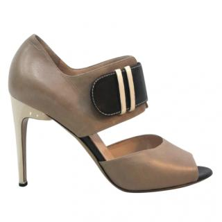 Nicholas Kirkwood Beige and Black Shoes