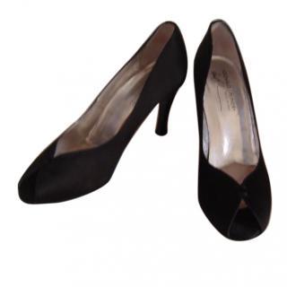 Donald J Pilner black satin shoes