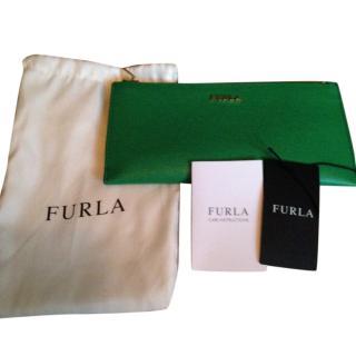 Furl green purse