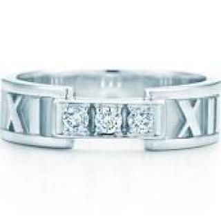 Tiffany white gold and diamond Atlas ring