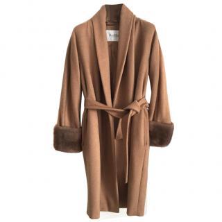MaxMara camelhair coat with mink fur in camel