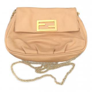 Beige Fendi chain shoulder bag
