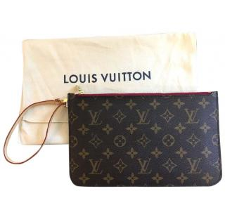 Louis Vuitton Neverfull monogram wrist pochette