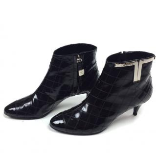 Chanel Quilted Patent leather ankle boots