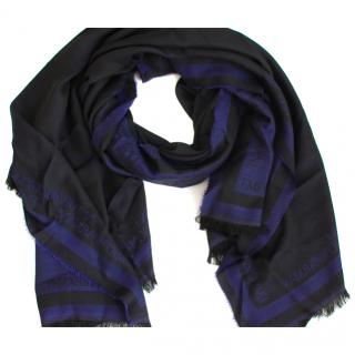 Armani Woolen Scarf with a Case