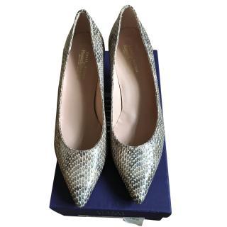 Stuart Weitzman low heels