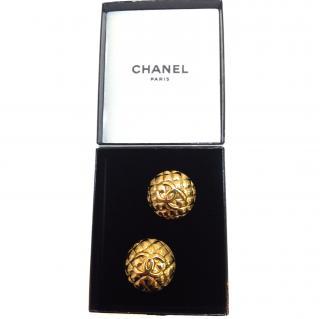Chanel gold plated matelasse vintage earrings