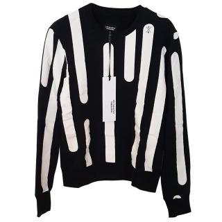 NEW Christopher Raeburn large black and white pattern jumper