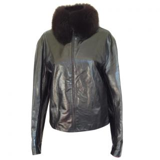 Blumarine short leather jacket with fuchsia lining and fur collar