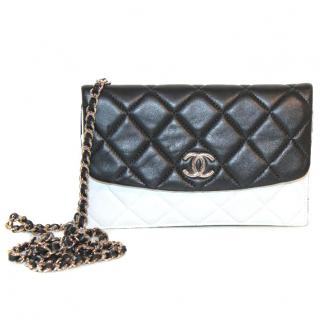 CHANEL - WOC - Black and White Lambskin