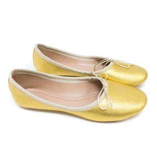 Chloe Gold Ballerinas