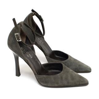 Gucci Grey Suede Pointed Toe Pumps