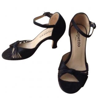 Repetto black suede sandal