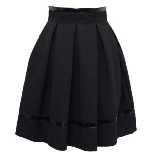 Tamara Mellon Black Patent Leather Trim Pleated Skirt