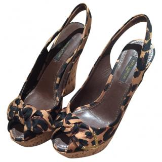 Louis Vuitton wedge sandals size 36