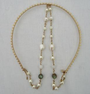 Chanel pearl headband hairpiece