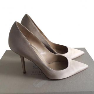 Burberry Satin Beige Pumps