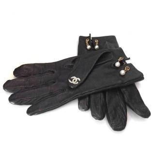 Chanel Iconic Charms Gloves