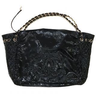 Large Chanel shoulder bag