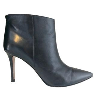 Gianvito Rossi Black Leather Pointy Ankle Boots