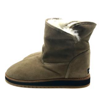 Dolce & gabbana Ugg style beige lambskin snow boots