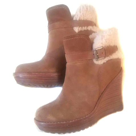 30a4bca2f854 Ugg Anais Wedge Ankle Boots