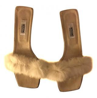 Moschino Frou frou kitten heels