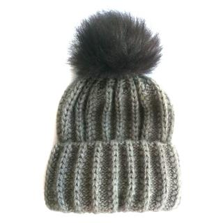 Pom Pom Hat with Fox Fur