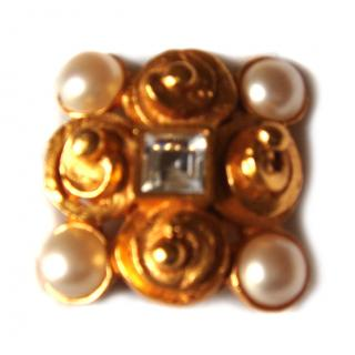 Lanvin brooch gold metal and pearl