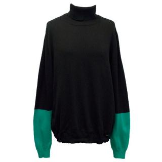 Ice Iceberg Turtleneck with Green Sleeves