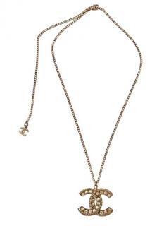 Chanel cc crystal necklace