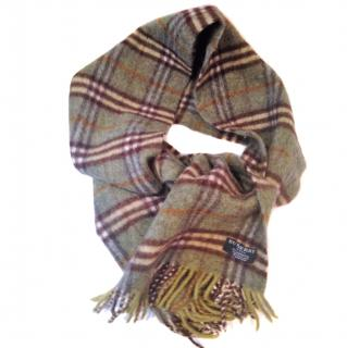 Burberry Vintage Olive Green lambswool scarf in classic check