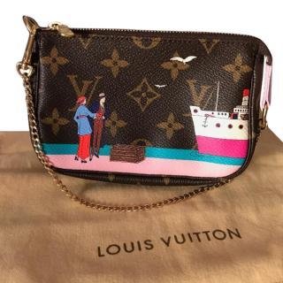 Louis Vuitton mini pochette