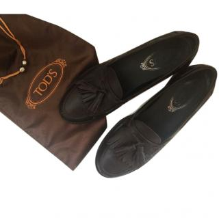 Tods Brushed Leather Loafers with Tassles
