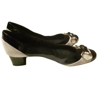 Gucci Black Classic Patent Leather Pumps