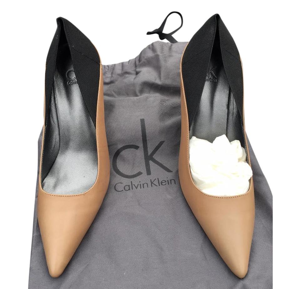 Calvin Klein Brown/black heels