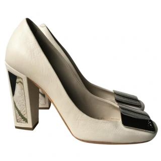 Christian Dior DIOR 61 Beige Pumps Buckle Mirror Heels
