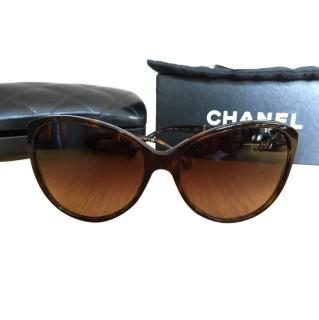 Chanel Brown Ladies sunglasses
