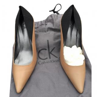 Calvin Klein Brown/black heels