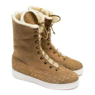 Bottega Veneta Tan Suede Boots with Sherpa Lining