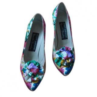 Stuart Weitzman Multicoloured Floral Heels